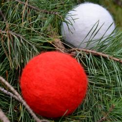 Bombka filcowa - czerwona